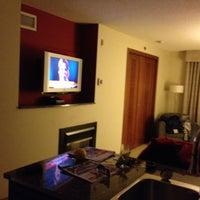 Photo taken at Embassy Suites by Hilton Montreal by Frank on 11/20/2012