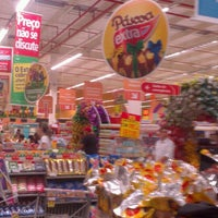 Photo taken at Hipermercado Extra by Tarcisio M. on 3/26/2013