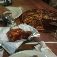 Photo taken at Pizza Hut by C. Jose Luis H. on 11/17/2012