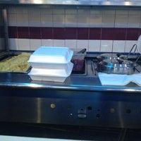Photo taken at El Tina Seafood Restaurant by Ruben I. on 1/14/2013
