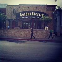 Photo taken at Gordon Biersch Brewery Restaurant by Joel J. on 8/5/2013