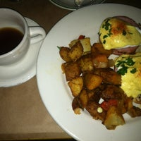 Photo taken at Sweetwater Restaurant by Brian H. on 11/4/2012