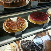 Photo taken at Eli's Cheesecake Bakery Cafe by Lizelle M. on 5/20/2013