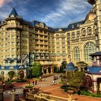 Photo taken at Tokyo Disneyland Hotel by オオカワ on 11/14/2012