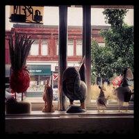 Photo taken at Olde Red Hen Restaurant by Sergi M. on 9/2/2013