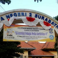 Photo taken at SMA Negeri 2 Surabaya by Rustina Ernawati P. on 8/31/2014