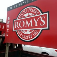 Photo taken at Romy's Kahuku Prawns & Shrimp Hut by Leon A. on 1/2/2013