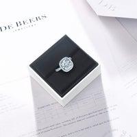 Photo taken at De Beers Diamond Jewelers by 🐾 🐩 Philanthropist V. on 2/3/2015