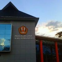Photo taken at Fakultas Ilmu Komunikasi by Duane R. on 6/28/2013