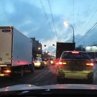 Photo taken at Шоссе Энтузиастов by Евгений С. on 2/18/2012