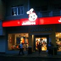 Photo taken at Jollibee by DirekJet® on 1/7/2011