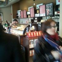 Photo taken at Starbucks by Jérémy D. on 11/15/2011