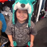Photo taken at Hot Topic by Ely G. on 8/30/2011
