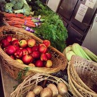 Photo taken at Dufferin Grove Farmers' Market by Amelora on 5/3/2012