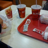 Photo taken at Kentucky Fried Chicken KFC by Zahirel M. on 7/6/2012