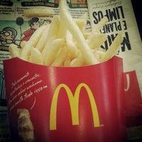 Photo taken at McDonald's by Carlos Eduardo B. on 6/6/2012