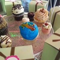 Photo taken at Gigi's Cupcakes by Joe K. on 8/4/2012