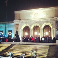 Photo taken at Detroit Institute of Arts by Mechelle S. on 12/2/2012