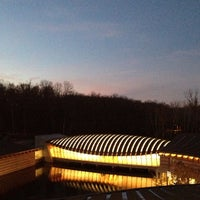 Photo taken at Crystal Bridges Museum of American Art by Justin H. on 11/24/2012
