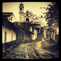 Photo taken at Callejón De Jesús Te Ampare by Jorge Julio P. on 10/22/2012