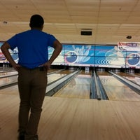Photo taken at Shaker Bowl by Shmuel C. on 9/13/2014