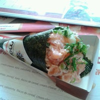Photo taken at Temakeria Makis Place by Sheila S. on 7/27/2013
