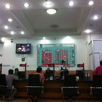 Photo taken at Vietcombank Phu Tho by Nguyễn Đắc Phúc on 10/14/2013