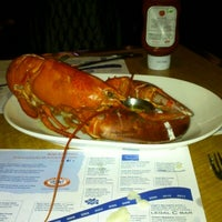 Photo taken at Legal Sea Foods by Ольга Т. on 1/6/2013