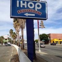 Photo taken at IHOP by ✨Lauralynn✨ on 11/7/2013