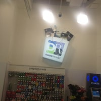 Photo taken at Duane Reade by ~ZXAVIERSNATURALHAIRCARESTUDIO on 11/25/2012