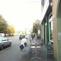 Photo taken at Starbucks by Cyberntz on 9/17/2012