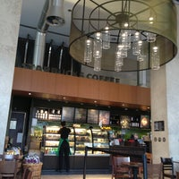 Photo taken at Starbucks by Gilo on 3/8/2013