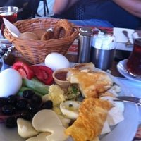 Photo taken at Dilek Pastanesi by Hakan on 9/22/2012
