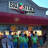 Photo taken at Bruster's by Adam I. on 7/27/2013