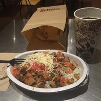 Photo taken at Chipotle Mexican Grill by Raul on 12/7/2015