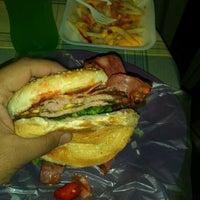 Photo taken at Xtreme Burger by Dulio M. on 11/24/2012