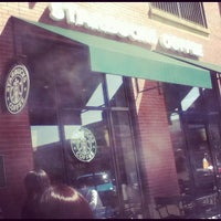 Photo taken at Starbucks by JAYE (カケス) D. on 9/15/2012