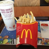 Photo taken at McDonald's by Liriuska G. on 1/13/2013