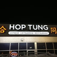 Photo taken at Hop Tung by Elias V. on 10/29/2012