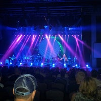 Photo taken at Hard Rock Live Orlando by Erick R. on 4/22/2013