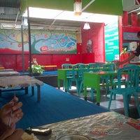 Photo taken at Ayam Goreng Gama by Ricky T. on 1/7/2013