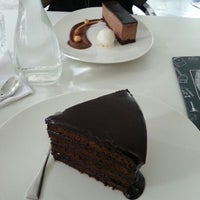 Photo taken at Sandy's Chocolate Laboratory by Dhaleekkha K. on 9/28/2012