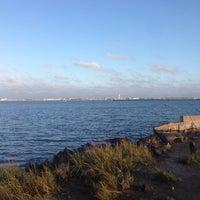 Photo taken at Bayswater Point State Park by Benjamin G. on 10/13/2013