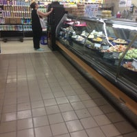 Photo taken at Gristedes Supermarkets #545 by Samuel on 5/26/2016