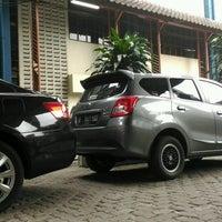 Photo taken at Universitas Islam Bandung (UNISBA) by TRI W. on 8/28/2016