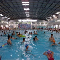 Photo taken at Bể Bơi Olympia Tăng Bạt Hổ by minh Đức N. on 6/20/2015