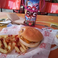 Photo taken at Johnny Rockets by Miguel R. on 11/15/2012