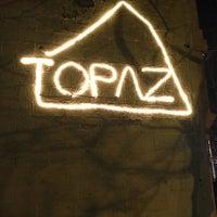 Photo taken at Topaz Thai Restaurant by Valerie ⚓ C. on 3/27/2013