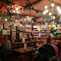 Photo taken at Jaxson's Ice Cream Parlour, Restaurant & Country Store by Gonzalo M. on 1/29/2013