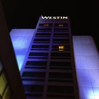 Photo taken at The Westin O'Hare by Kennedy on 9/30/2012
